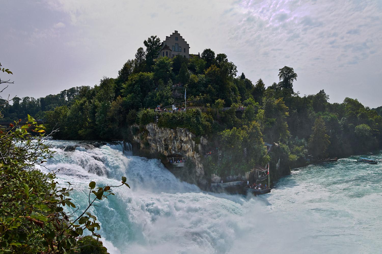 Waterfall_Schaffhauesen1