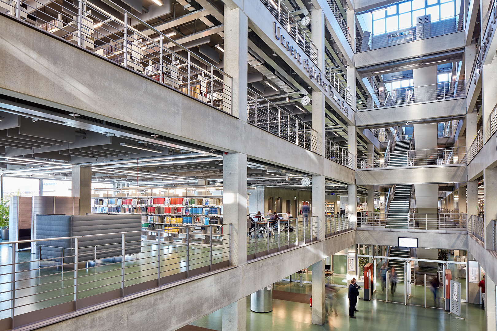 vitra_Uni_Library_Berlin_web_17